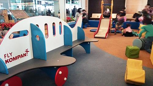 羽田空港 子供の遊び場